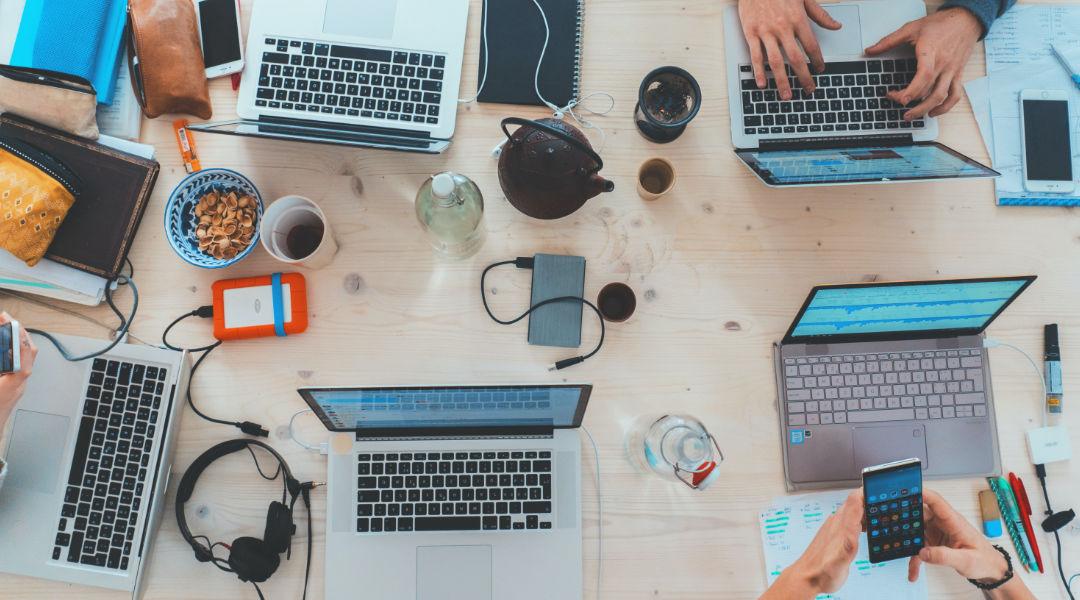 7 Najlepszych Narzędzi do Pracy Zdalnej w Czasie COVID-19 i Nie Tylko